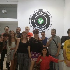 Social Friday en negocios de Córdoba para aprender inglés-min